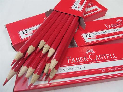 مداد قرمز فابرکاستل